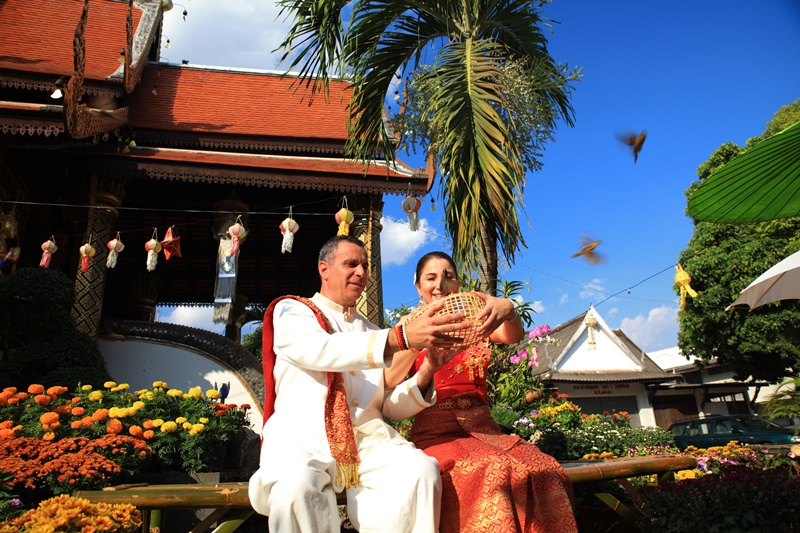 Thai wedding with bird release